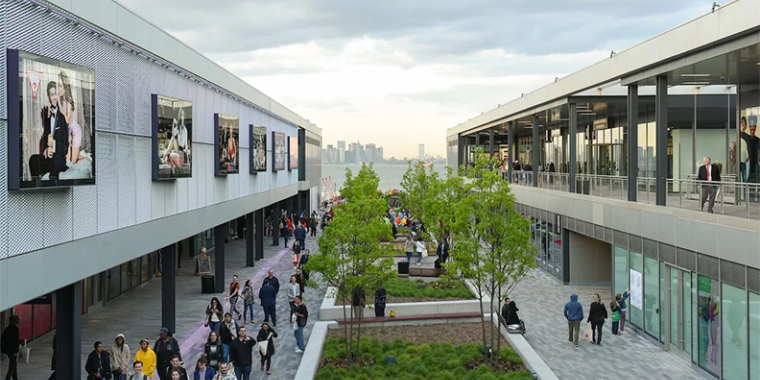 New York's first outlet center, Empire Outlets, officially opens