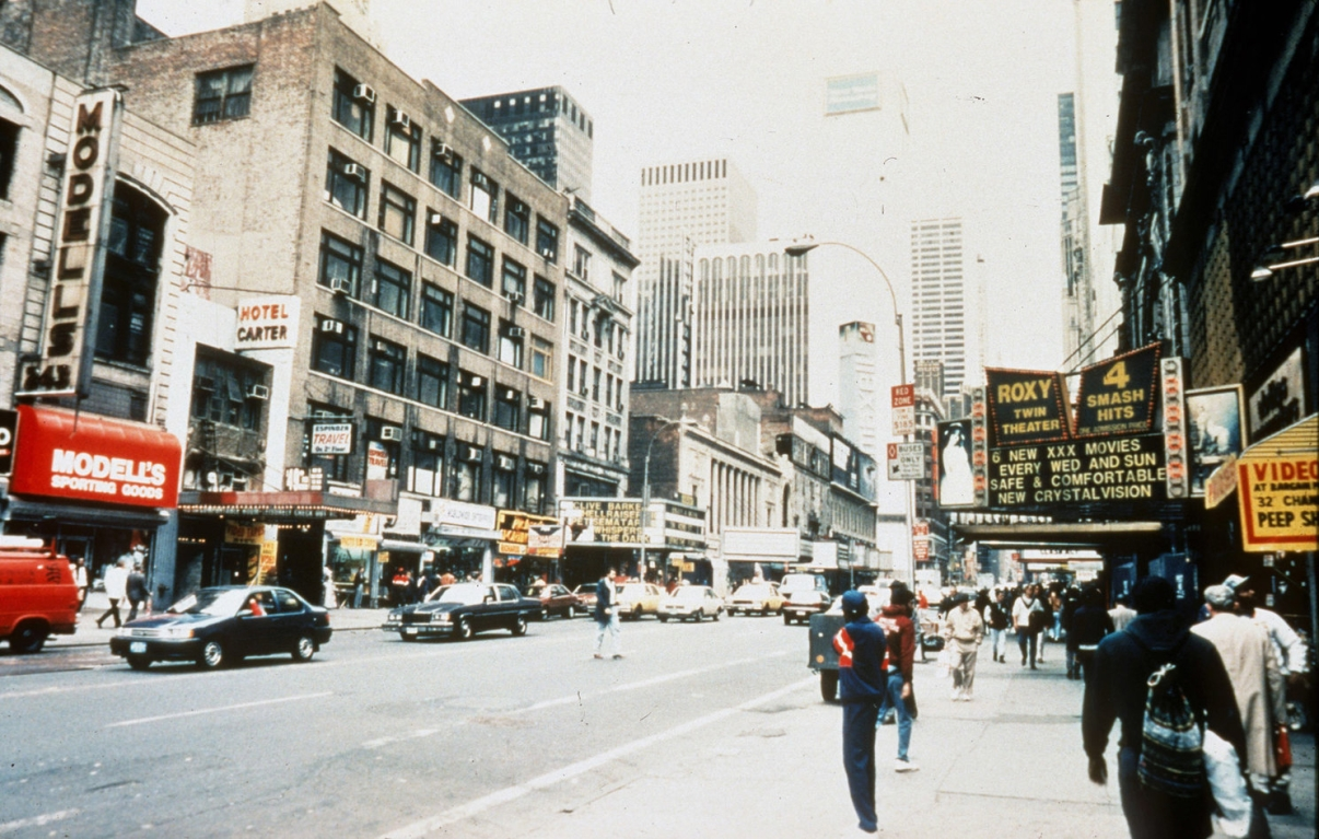 42nd Street, circa 1992. Credit: Peter Aaron/Otto for Robert A.M. Stern Architects