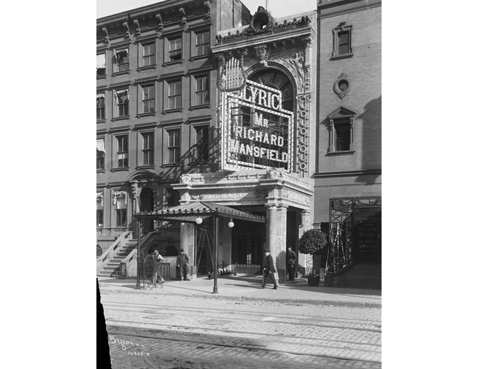 The original exterior of the Lyric Theatre, which was combined with the adjacent Apollo Theatre. Image: New York Historical Society.